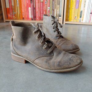 Timberland Brown Leather Lace Up Chukka Boots
